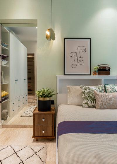 Mediterranean Bedroom by Anushka Contractor