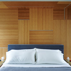 Contemporary Bedroom by Taylor Smyth Architects