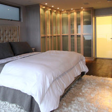 Contemporary Bedroom by Scott Bunney Architect