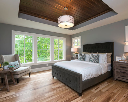 Craftsman bedroom design ideas remodels photos houzz for Craftsman bed