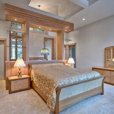 Contemporary Bedroom by Glennwood Custom Builders (NC)