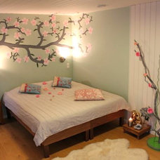 Asian Bedroom by ARTISTICO WORLD