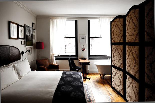 Классический Спальня by thenomadhotel.com