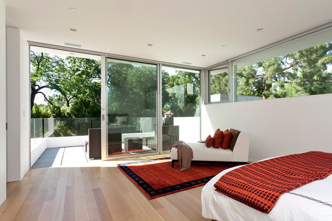 Modern Bedroom by Swatt | Miers Architects