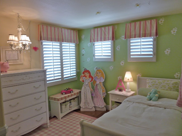 Traditional Bedroom by Janice Peters, Distinctive Decor