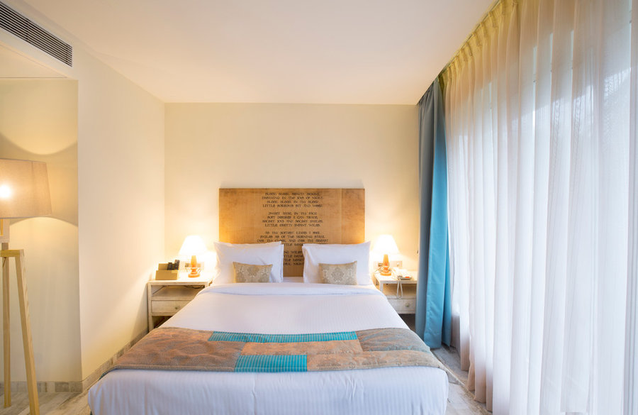 Aureole Hotel, Mumbai