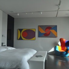 Contemporary Bedroom by yoma architects studio