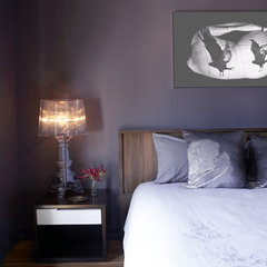 bedroom by Raine Heidenberg Interior Design