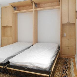 Foto de dormitorio actual pequeño