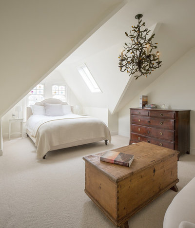 Traditional Bedroom by Juliet Murphy Photography