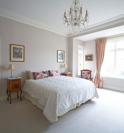The 10 most popular irish bedrooms on houzz for Celtic bedroom ideas