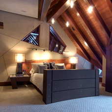 Contemporary Bedroom by Decorative Painting & Plastering Concepts Inc.