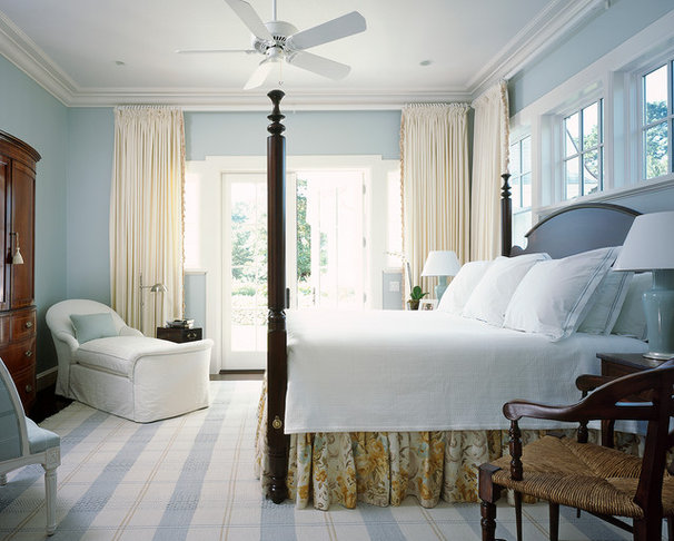 Beach Style Bedroom by Catalano Architects