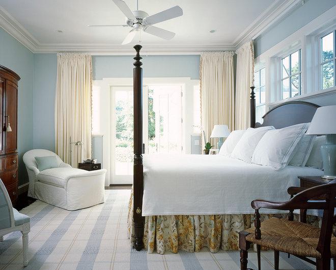 Beach Style Bedroom by Catalano Architects