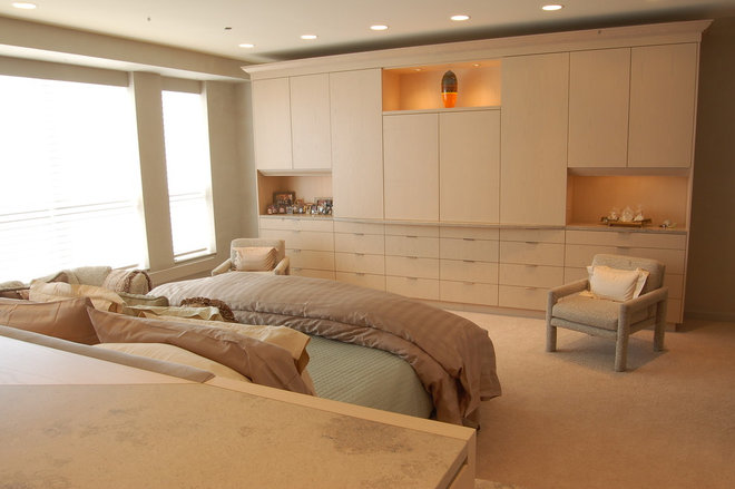 Contemporary Bedroom by B. W. Interiors Chicago