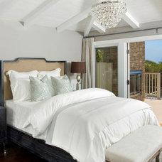 Beach Style Bedroom by benjamin john stevens, architect