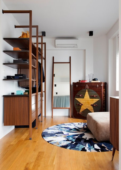 Contemporary Bedroom by The Carpenter's Workshop