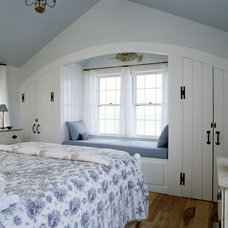 Traditional Bedroom by CBRD