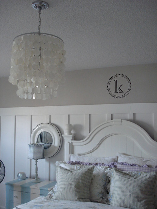 Inspiration for a timeless bedroom remodel in TorontoCottage Style Bedroom   Houzz. Cottage Style Bedrooms. Home Design Ideas