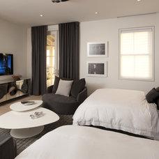 Modern Bedroom by David De La Garza / ZURDODGS
