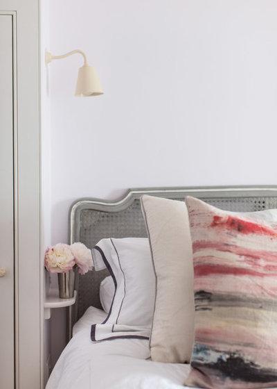 7 nachttisch ideen f r kleine schlafzimmer. Black Bedroom Furniture Sets. Home Design Ideas