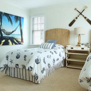 Ispirazione per una camera da letto stile marino