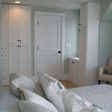 Contemporary Bedroom by Expert Closets - Nancy Langway
