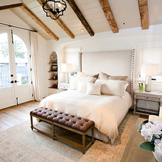 Transitional Bedroom by Cynthia Childs, Architect
