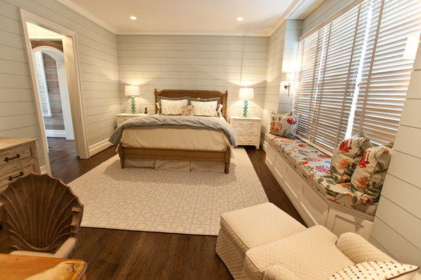Beach Style Bedroom by Andrew Roby General Contractors