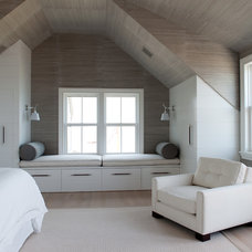 Beach Style Bedroom by BPC ARCHITECTURE
