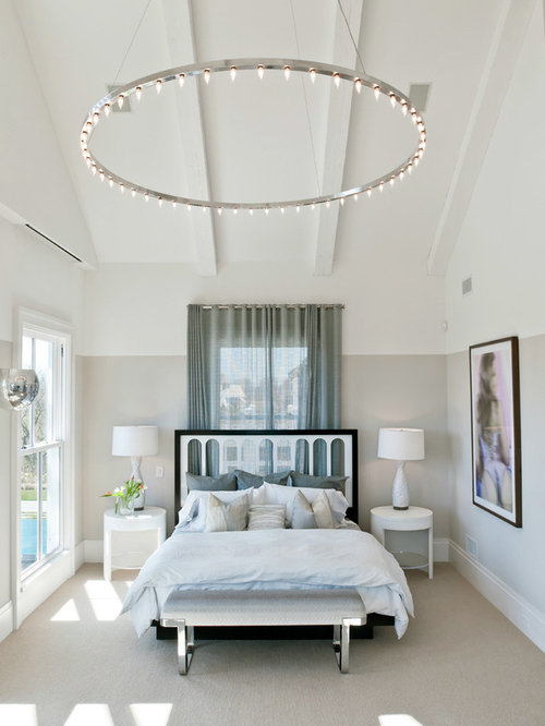 light fixture over bed home design ideas pictures 14340 | e691472104ae23c9 9595 w500 h666 b0 p0 beach style bedroom