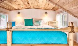 Beach Tiny House - Loft Bedroom
