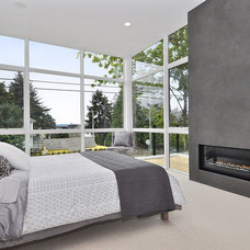 Contemporary Bedroom by InHaus Development Ltd