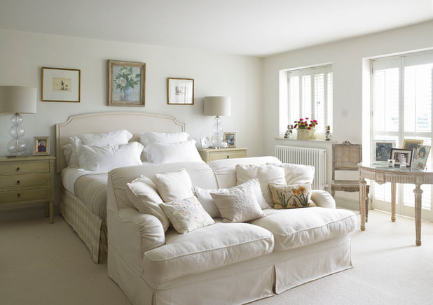 10 Ways to a Beautiful White Bedroom