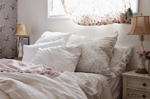 Romántico Dormitorio by Rachel Ashwell Shabby Chic Couture