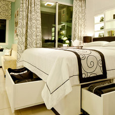 Contemporary Bedroom by Iwan Sastrawiguna Interior Design