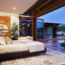 Asian Bedroom by Suzanne Hunt Architect