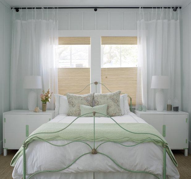Romántico Dormitorio by Rethink Design Studio