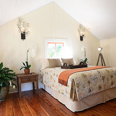 Tropical Bedroom by Doris Clements Interiors
