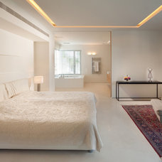 Eclectic Bedroom by Elad Gonen