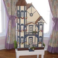 Bedroom by Bernacki & Beaudry Design Corp.