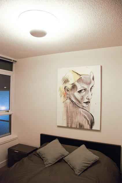 Modern Bedroom by Heather Merenda
