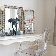 Bedroom by Iris