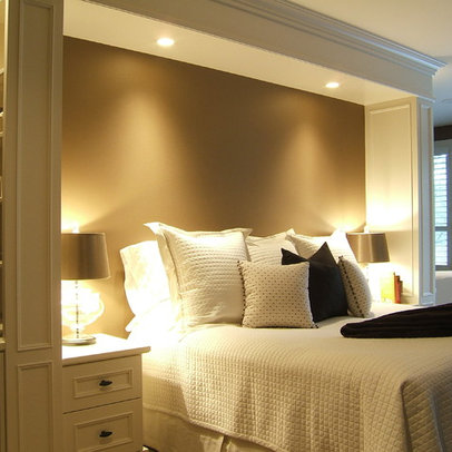traditional built in headboards home design photos. Black Bedroom Furniture Sets. Home Design Ideas