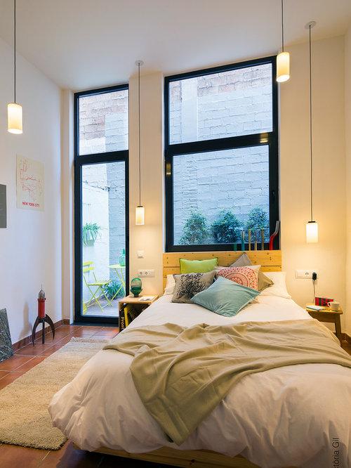 Chambre moderne avec un sol en carreau de terre cuite : Photos et ...