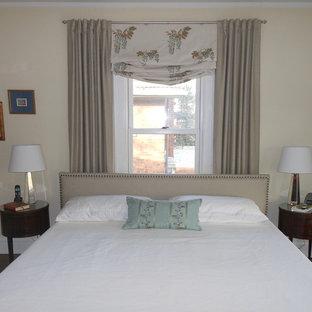Elegant bedroom photo in Chicago