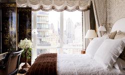 Bedroom: Mark Hampton LLC