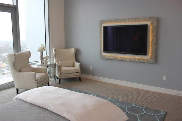 Contemporary Bedroom by Mauricio Nava Design