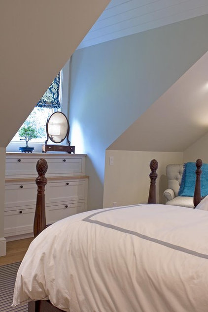 Traditional Bedroom by McCoppin Studios
