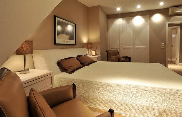 Contemporary Bedroom by Pavel Burmakin / SumburBuro
